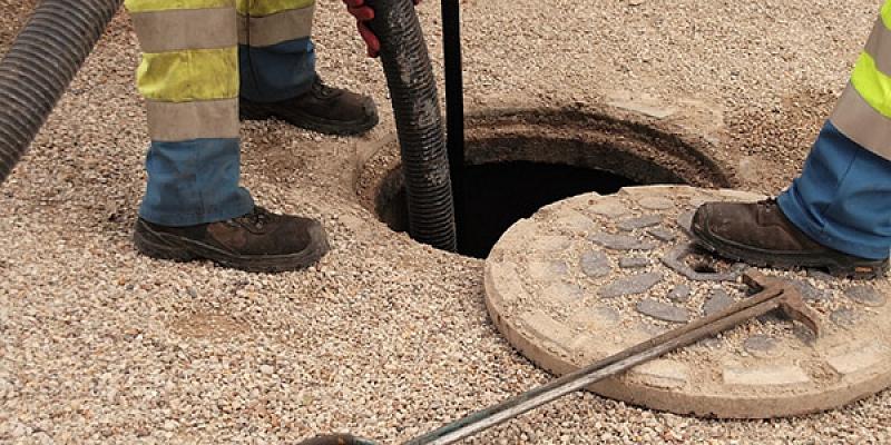 Notekūdeņu un kanalizācijas atsūknēšana
