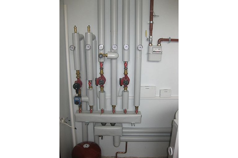 Heat supply systems
