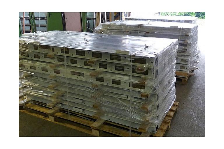 Dzelzs durvju ražošana