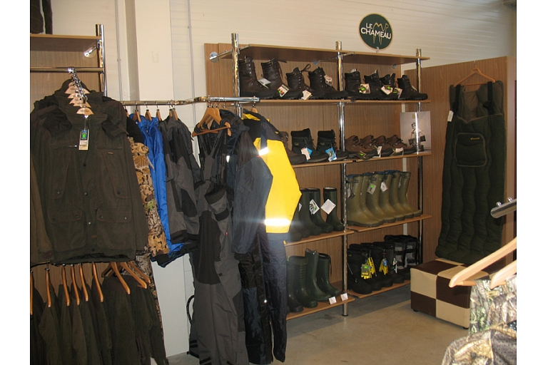 Hunting clothes, footwear