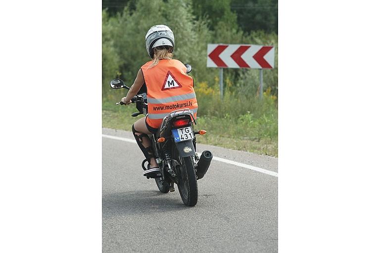 Motociklistu braukšanas apmācība
