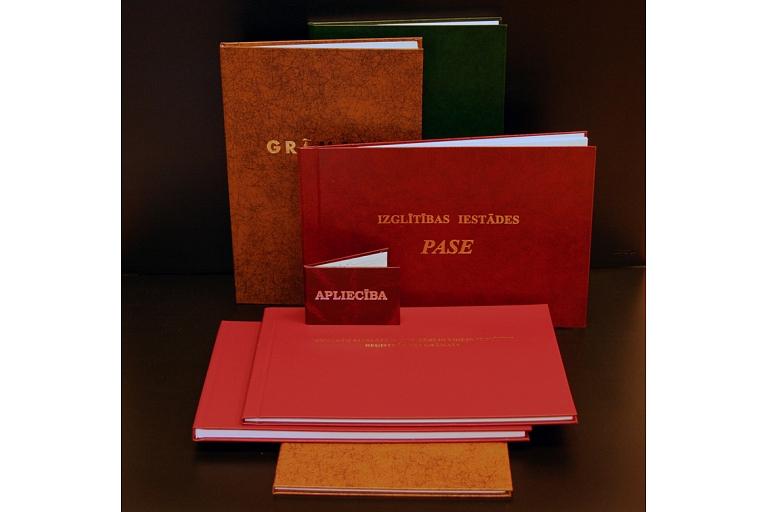 Izglītības iestādes pase un apliecības
