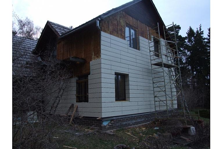 ēku siltināšana ar Latvijā izgatavotiem siltināšanas paneļiem
