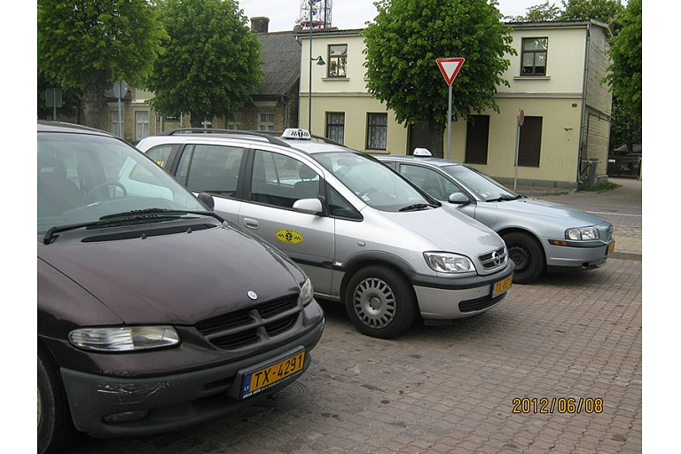 Taxi services all over Latvia