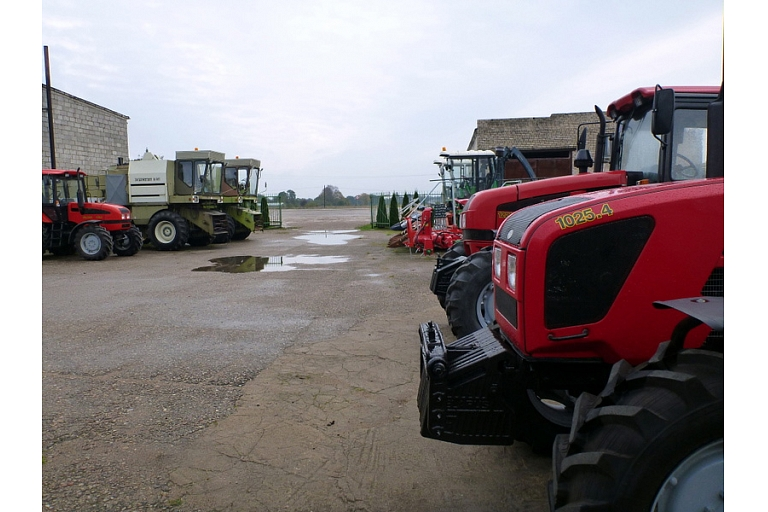 Lauksaimniecības tehnika