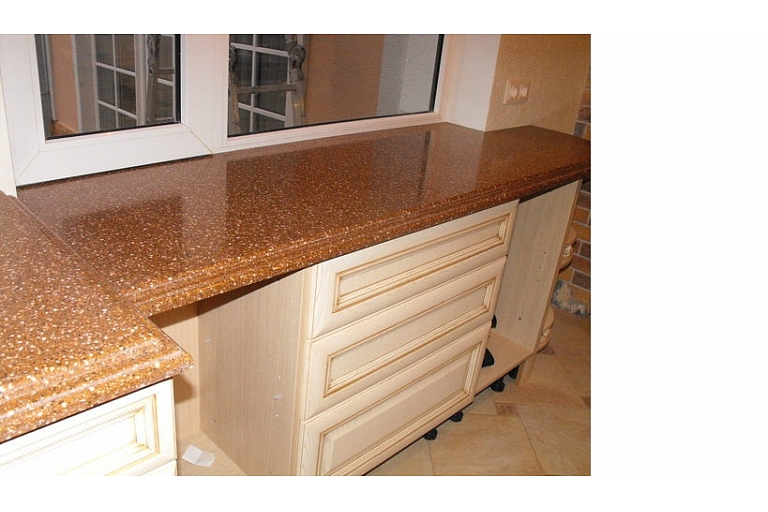 artificial stone for surfaces
