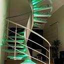 Качественные стекланные лестницы
