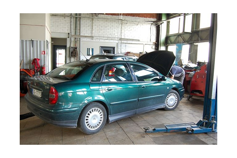 Professional car service in Kuldiga