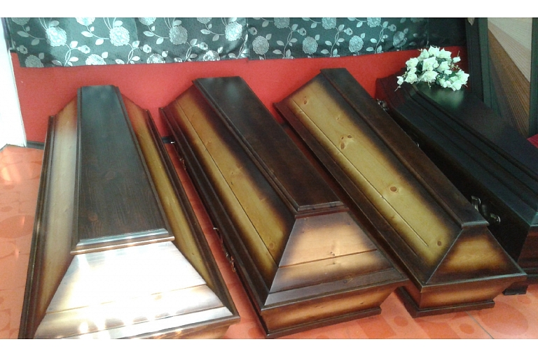 Coffins, funeral floristry, deceased transportation