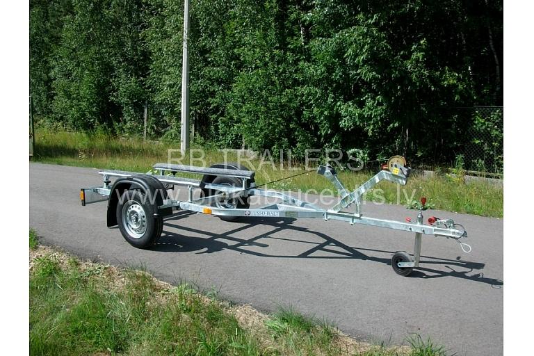 Laivu piekabe ūdensmotociklam boat trailer