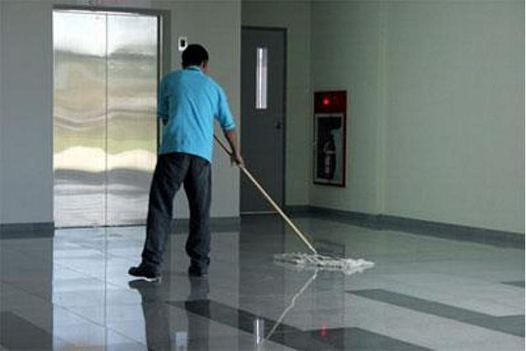 Охозяйствование уборка домов
