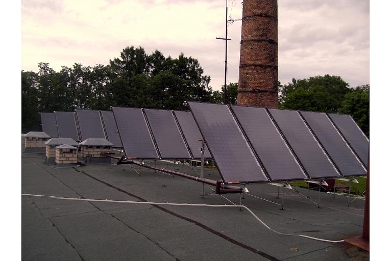 Saules enerģijas izmantošana ražošanas kompleksā Ropažos