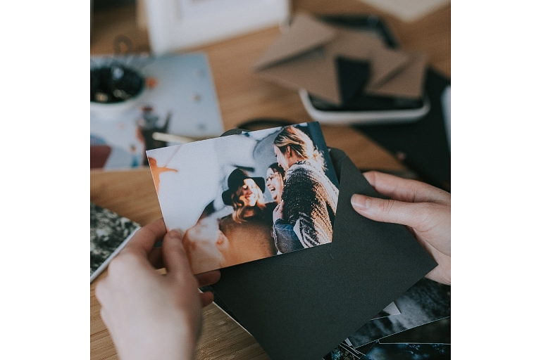 Apsveikuma kartītes fotokartiņas fotodruka fotogrāfiju druka foto druka copy pro copypro esmīlufoto