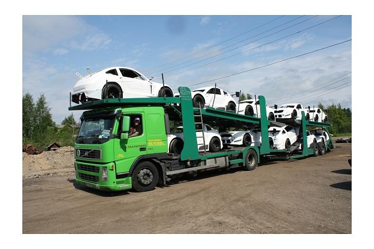 Automašīnu transportēšana