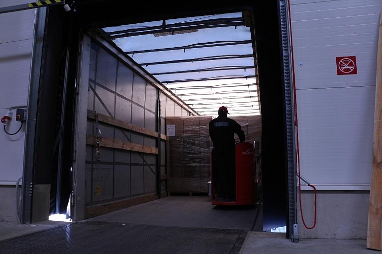 Goods loading, Unloading
