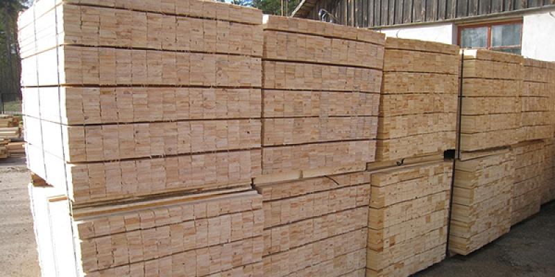 Kokmateriālu tirdzniecība