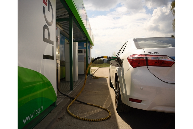 autogāze, auto gāze, gāze, auto gāzes uzpildes stacijas, autogāzes uzpildes stacijas