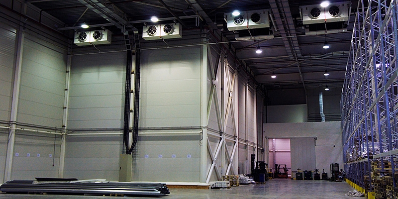 Refrigeration equipment and cooling equipment for warehouses, factories