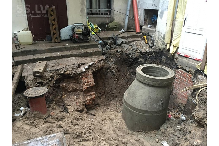 Water main installation, service pipe construction, assembly, repair works, Zilber Ltd