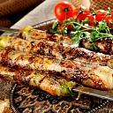 Šašliks, kebabs, plovs restorāns Azerbaidžāna